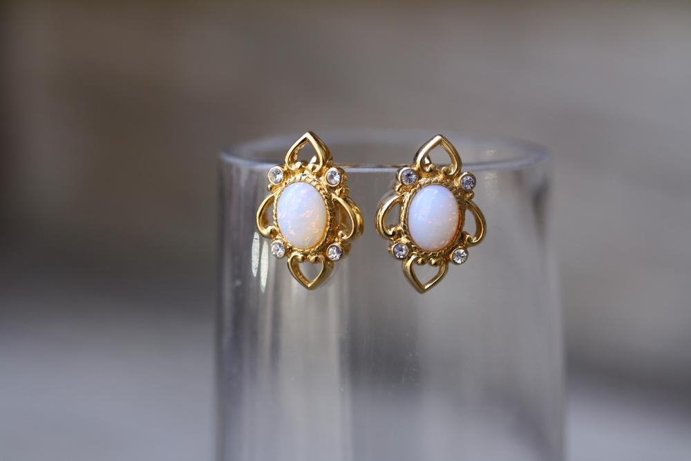 Oval+Opal+GP+Filligree+Studs+Vintage+Earrings_01.jpg