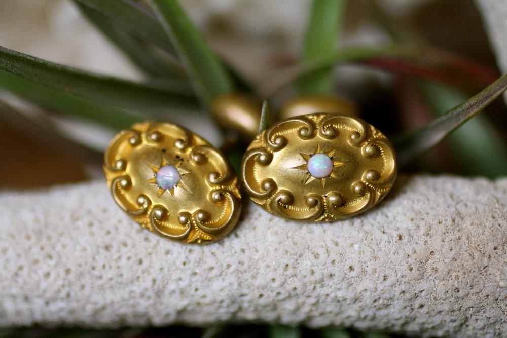 Oval+Textured+GF+Opal+Vintage+Cufflinks_03.jpg