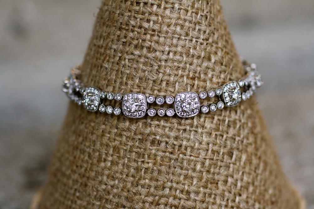 Diamond+Halo+WG+Bracelet_04.jpg