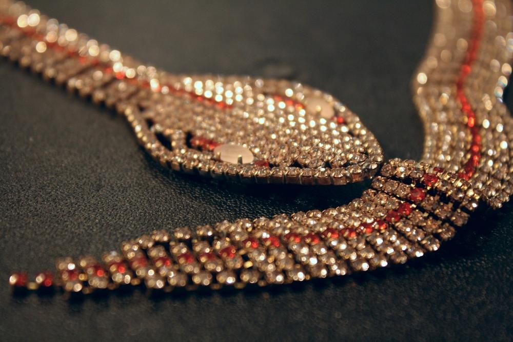 Rhinestone+Snake+Vintage+Necklace_03.jpg