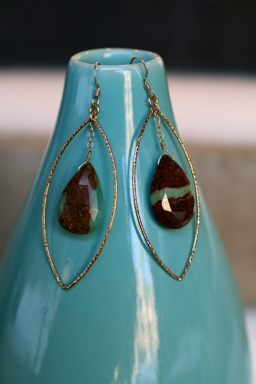 Eyes+of+the+World+Tear+Drop+Earring+with+Chrysoprase+Dangle_08.jpg