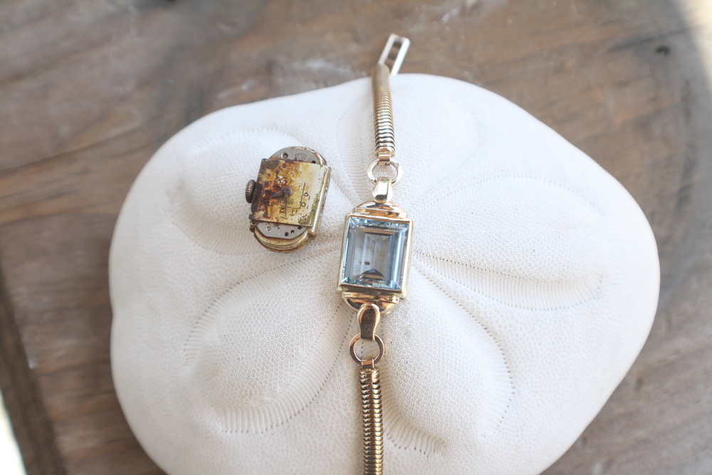 Reinvent+Vanda+Elvy+Custom+Watch+into+Bracelet+with+Blue+Topaz+and+Yellow+Gold_04.jpg
