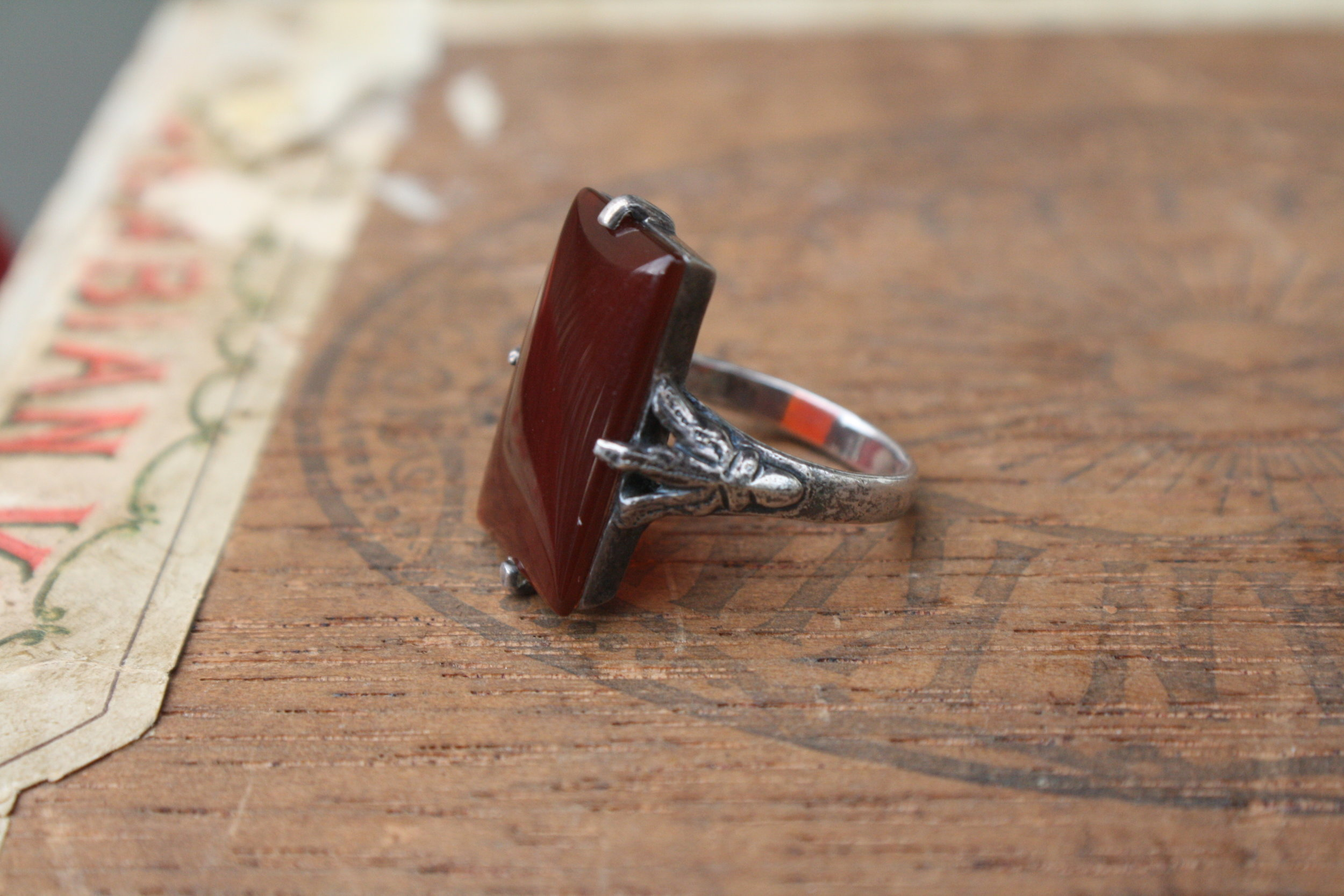 Vintage Red Stone with SS Claw Ring_03.JPG