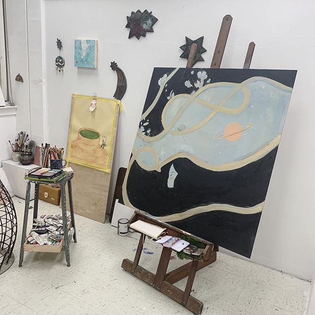 So I hadn't mentioned it yet but I'm in grad school at SMU now! So here's a little studio corner view so y'all can see what I'm working on lately 😊 #artstudio #painting #wip
