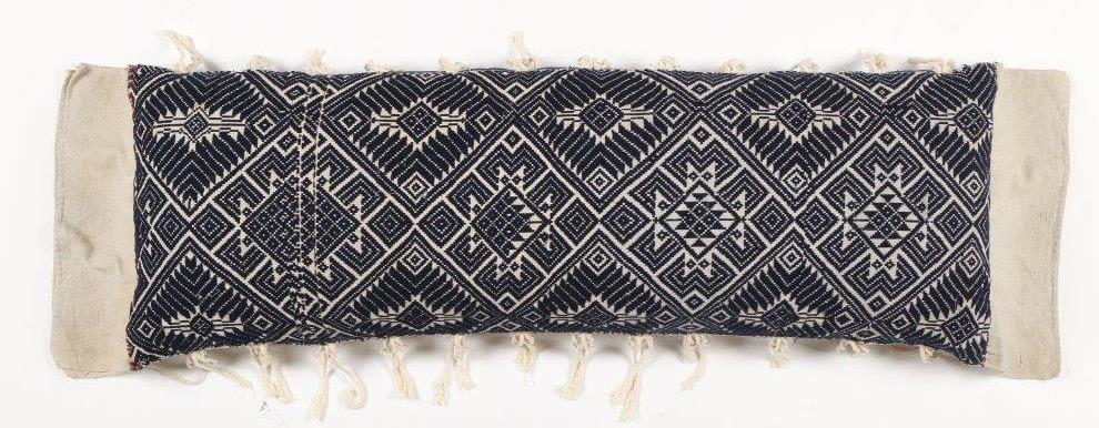 Blanket cushion full 2 - IMG_7041.jpg