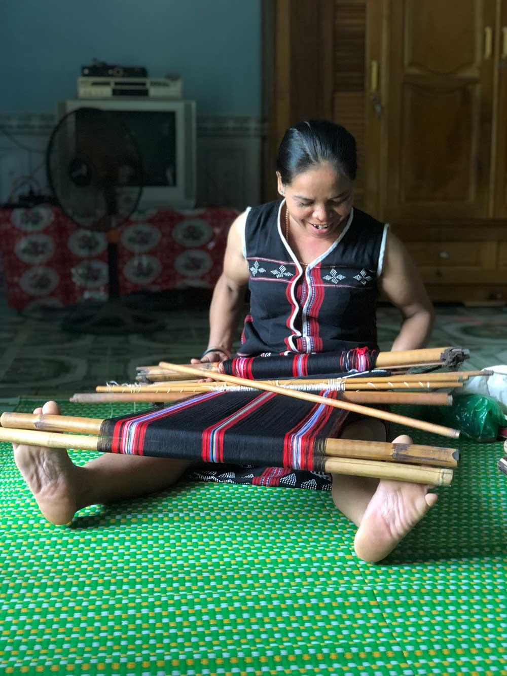 weaving-1000x1333.jpg