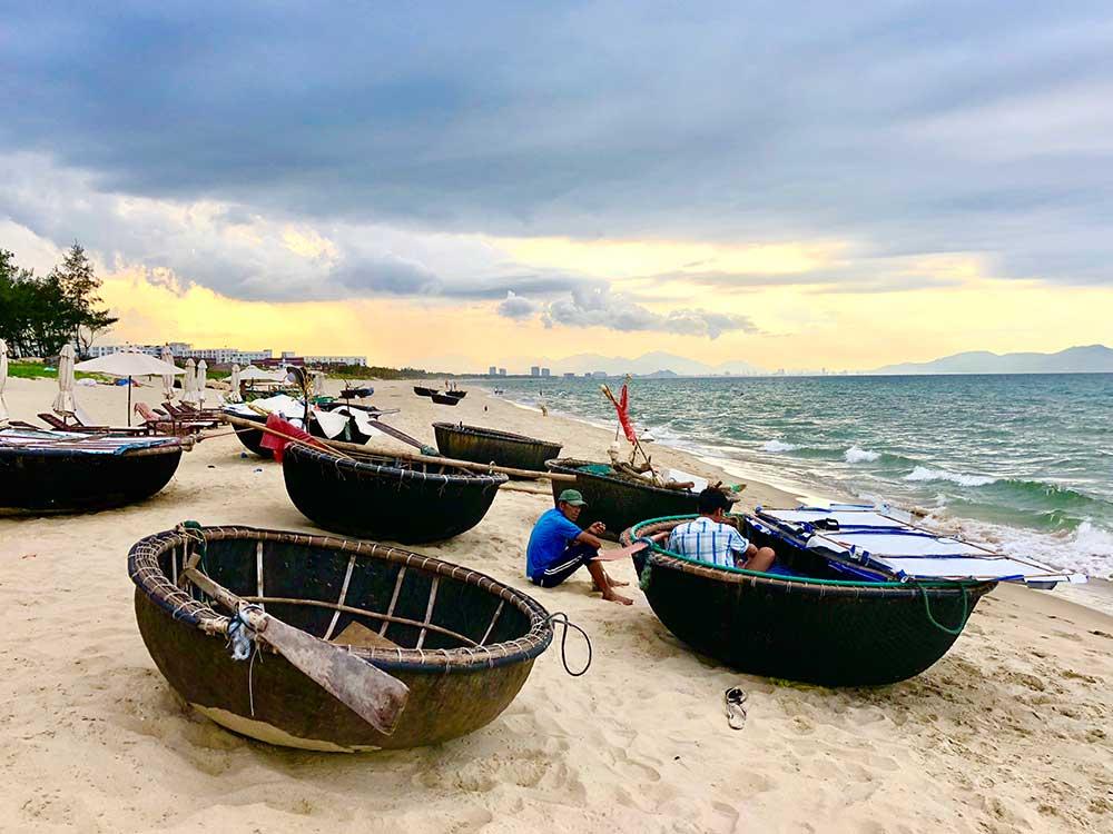 boats-1000x750.jpg