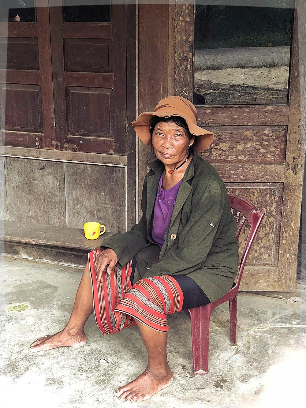 Co-Tu-woman-1000x1333.jpg