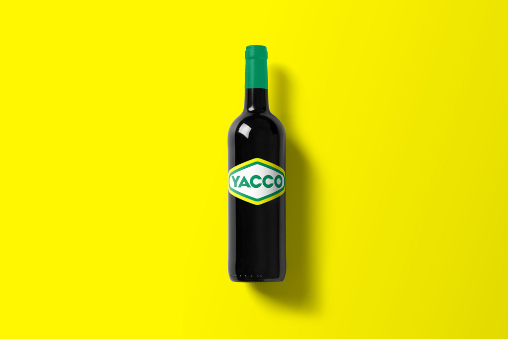 Wine-Bottle-Mockup_yacco.jpg
