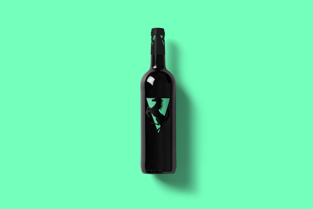Wine-Bottle-Mockup_rns.jpg