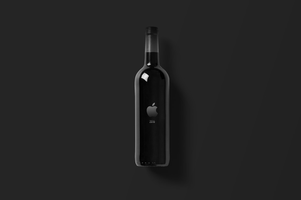 Wine-Bottle-Mockup_apple.jpg