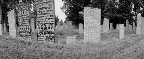 cemetery08.jpg