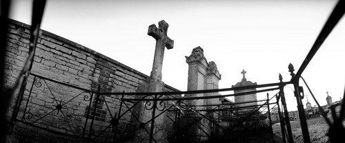 cemetery01.jpg