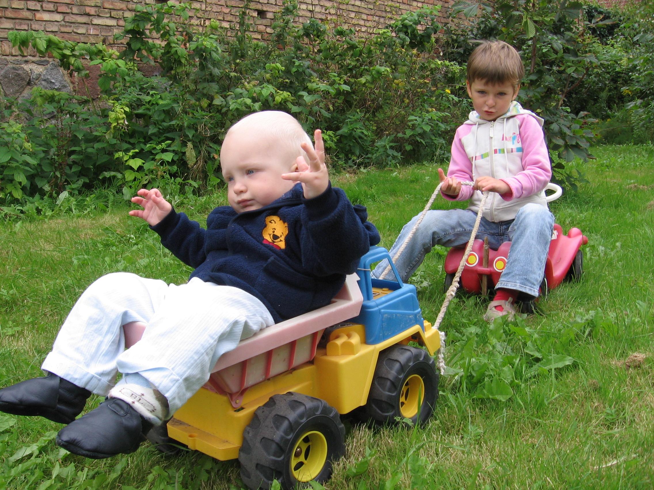 ...auch eine kurzzeitige Alternative zum Kinderwagen.