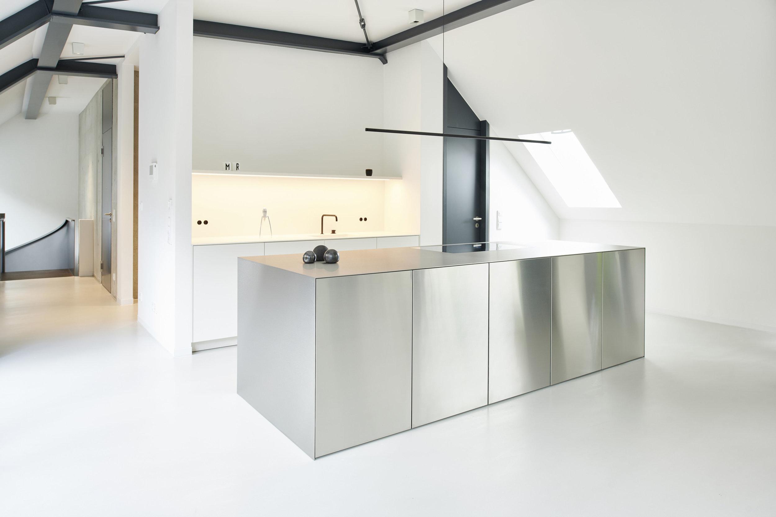 private showroom — milena romero