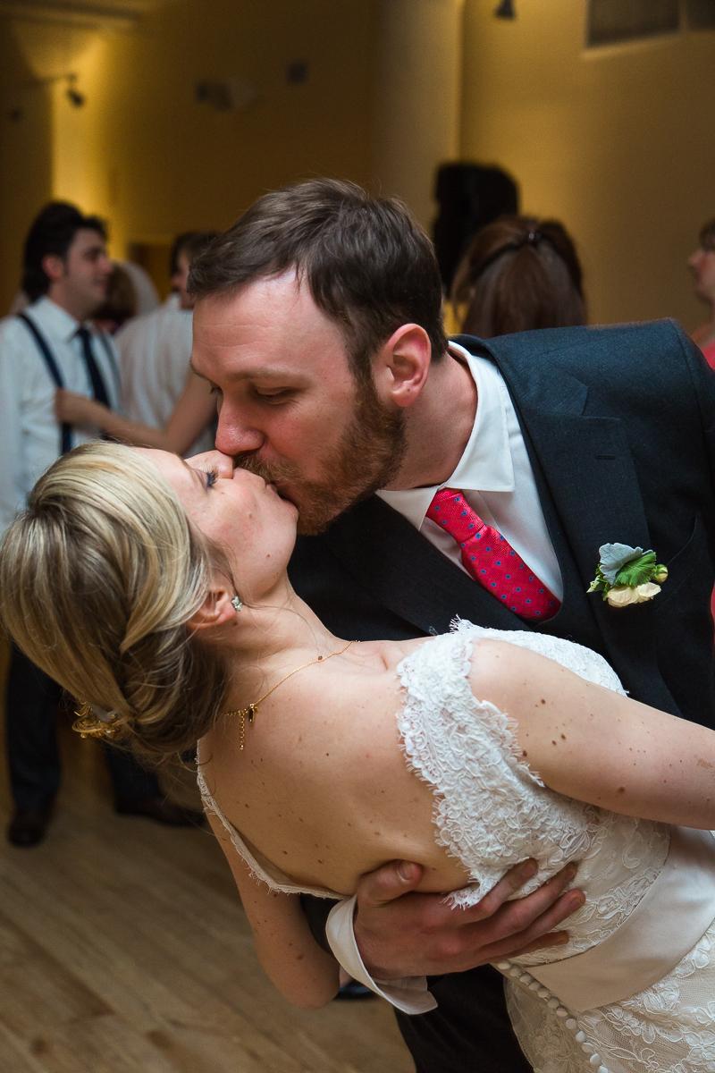 monica-jeff-wedding-first-dance-at-greenhouse-loft