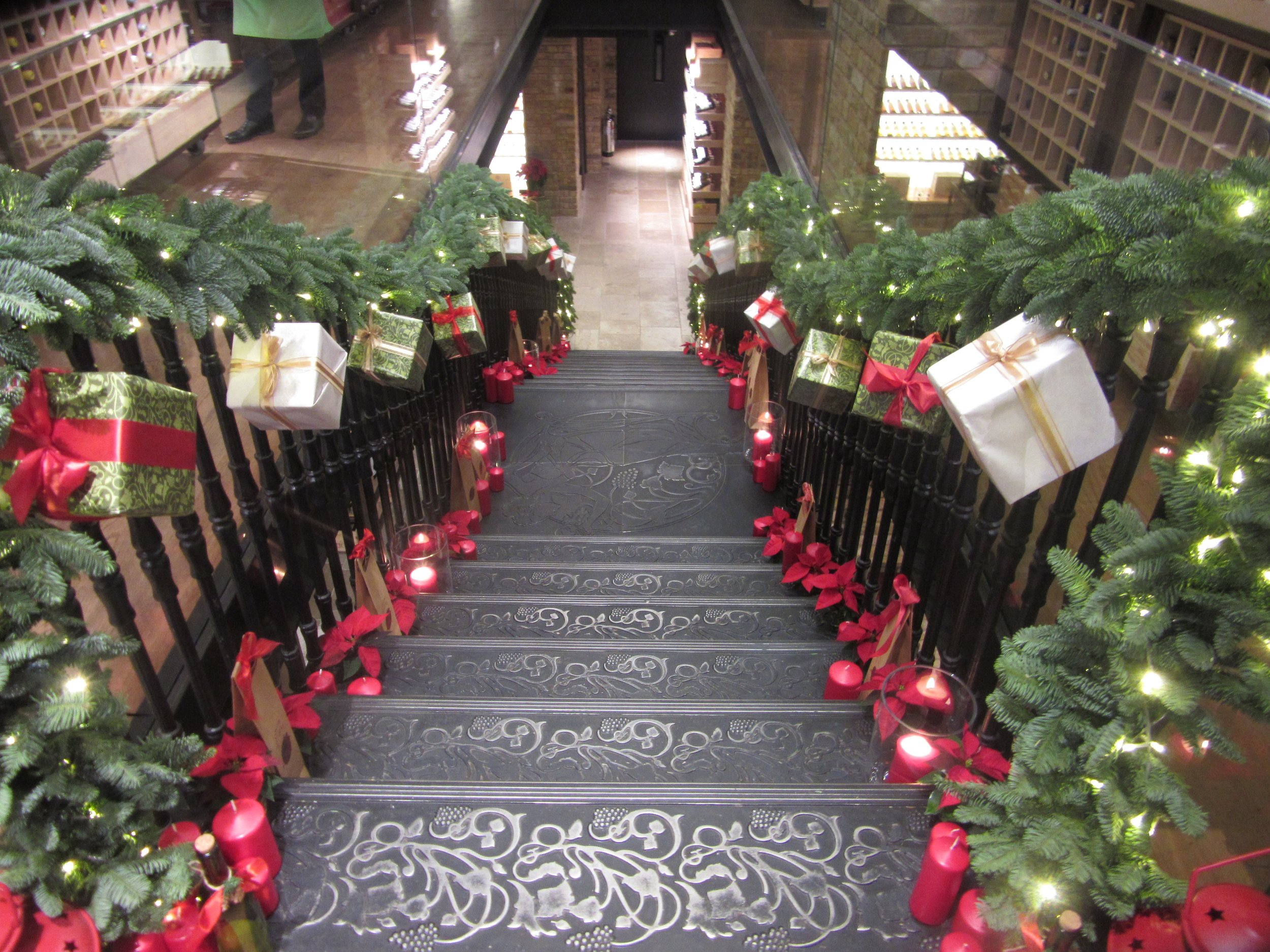 hedonism-wines--xmas-staircase