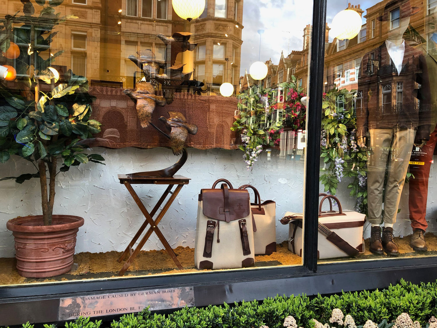 purdey-window-display-4
