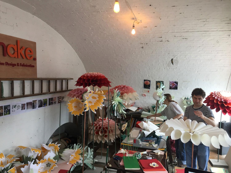 boden-paper-flower-sculpting-4