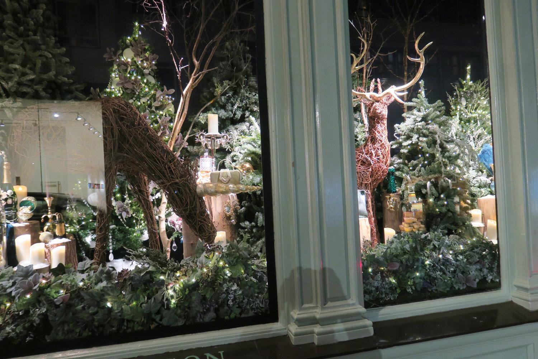 Make It - Fortnum & Mason - Christmas Window Display