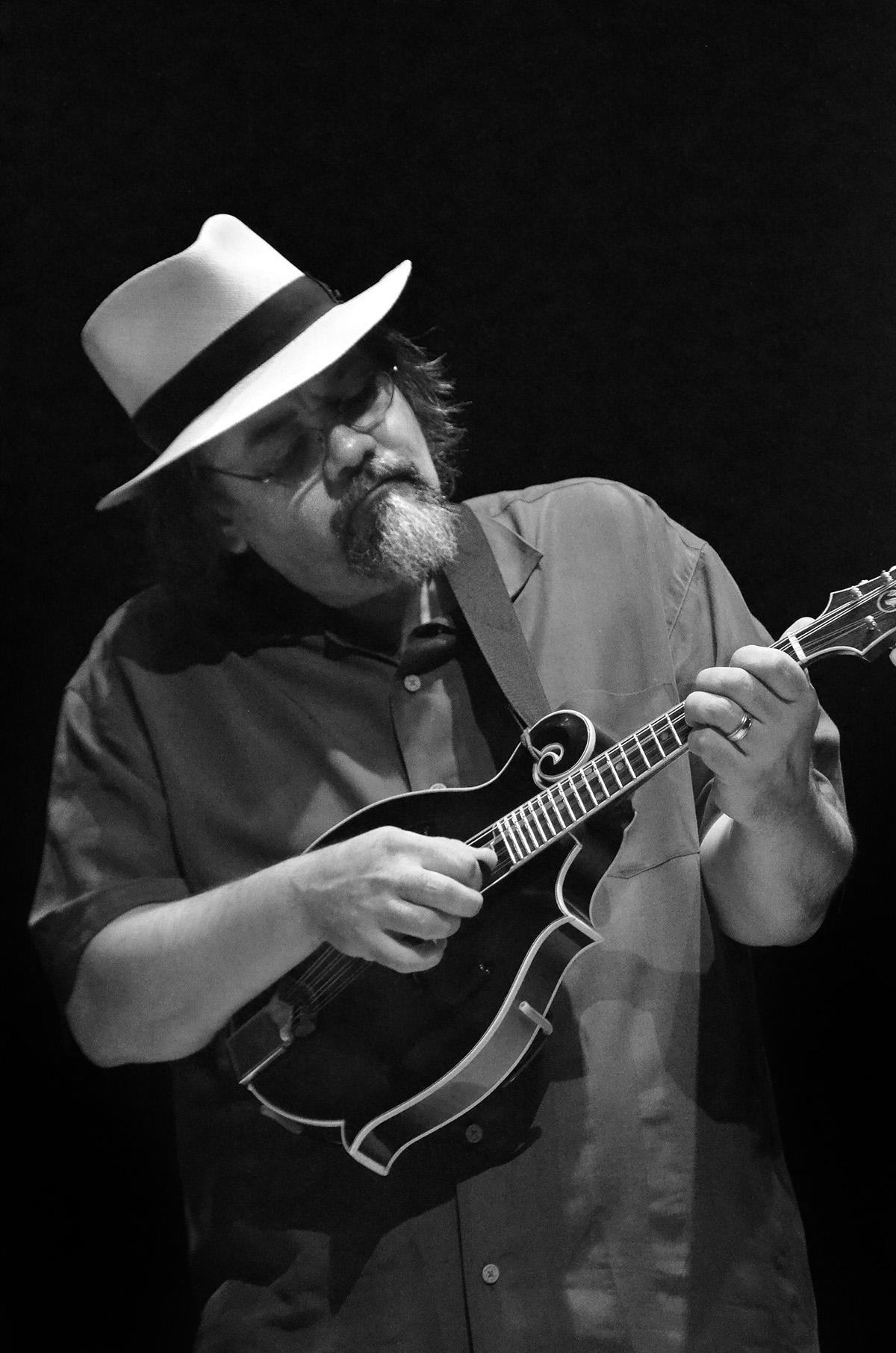 Don julin at the Mandolin Symposium 2013, photo by Maria camillo
