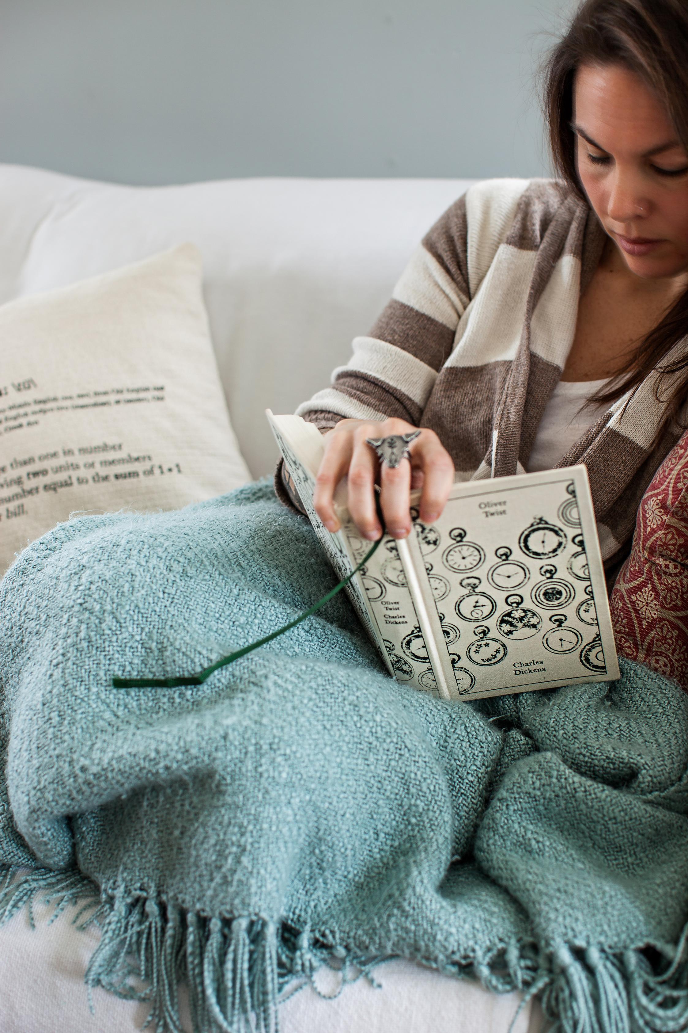 CindyGiovagnoli_books_recommended_reading_bookclub-002.jpg