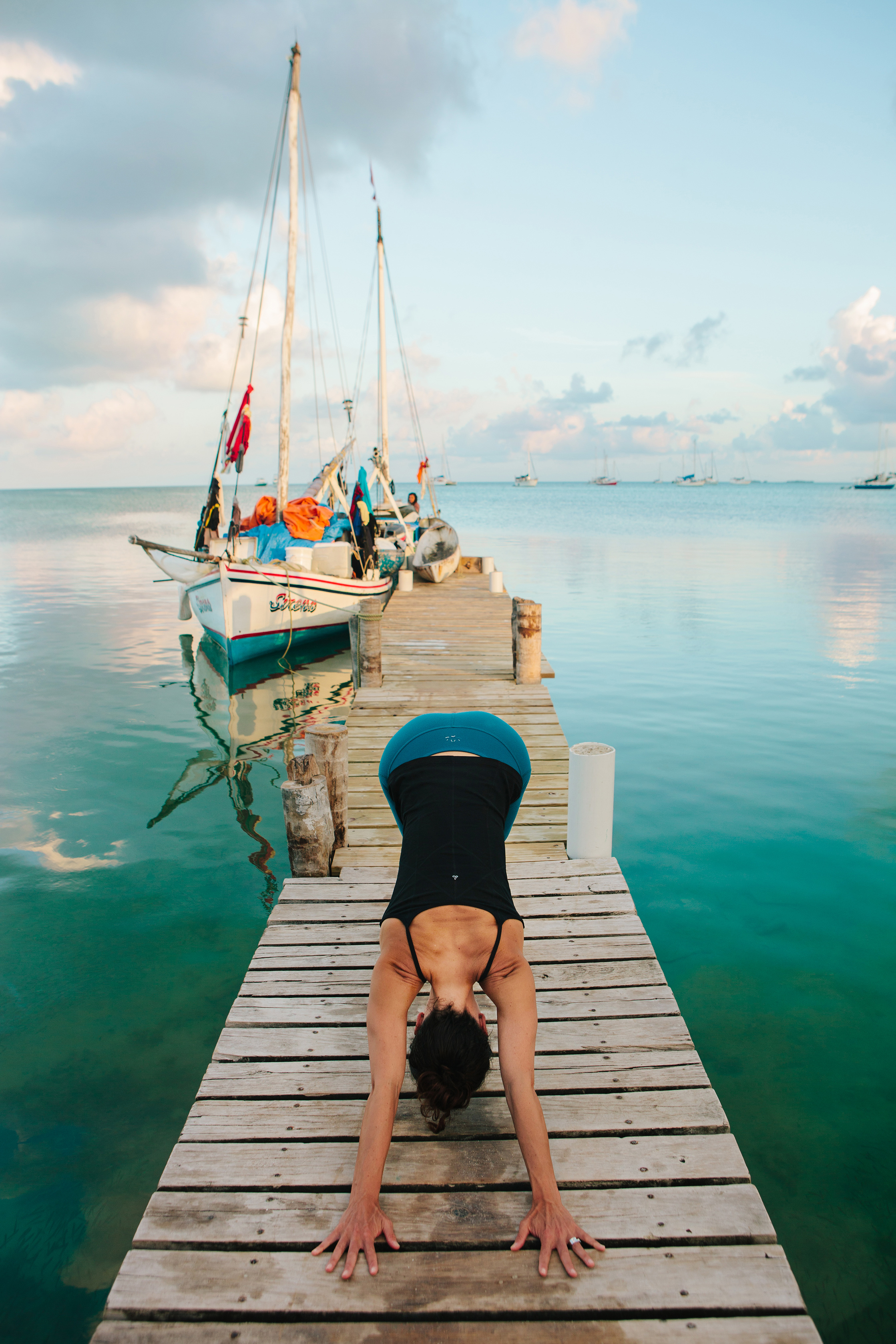 CindyGiovagnoli_travel_photographer_editorial_Belize_CayeCaulker_yoga_retreat-004.jpg
