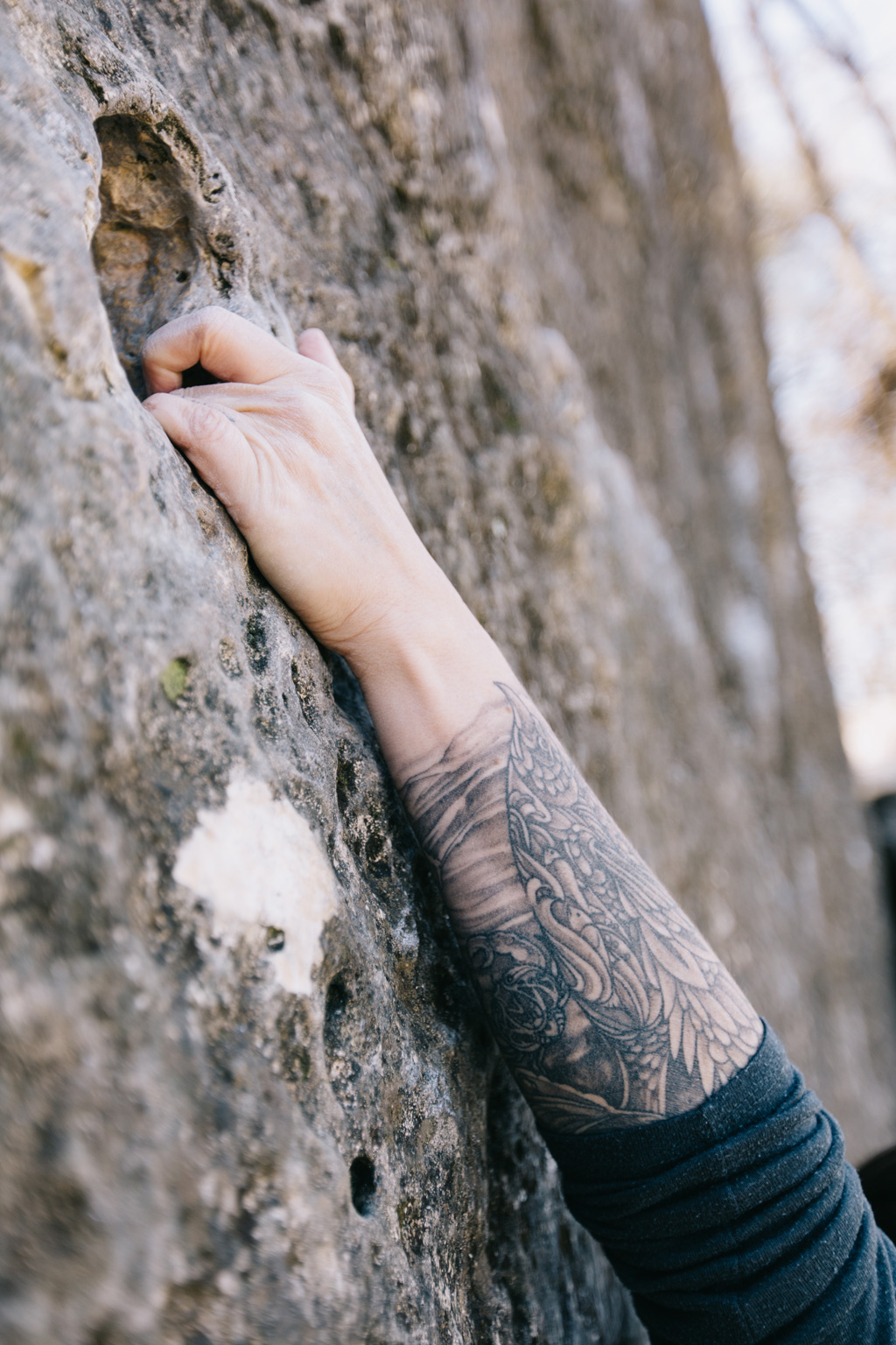 CindyGiovagnoli_photographer_outdoor_climbing_adventure_Texas_Austin_BullCreekPark_bouldering-015.jpg