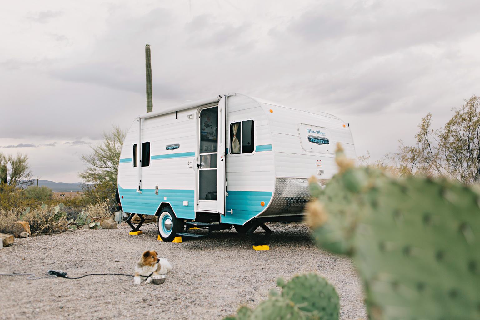 retro_camper_supplies_fulltime_rv_camperlife