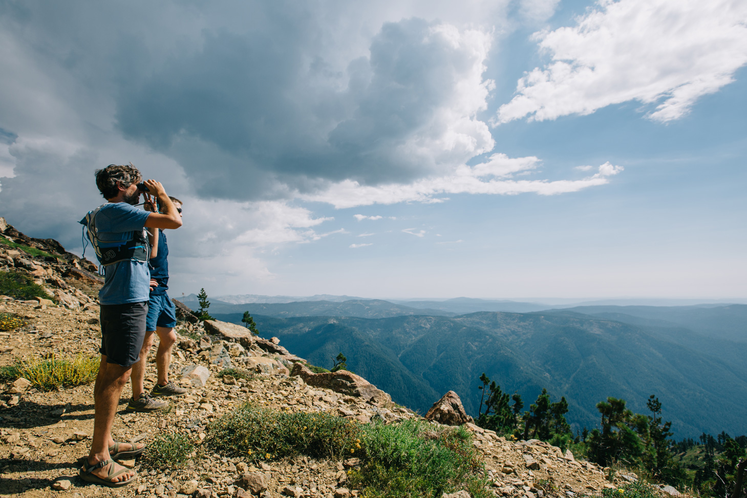 CindyGiovagnoli_outdoors_photographer_Sierra_Buttes_firetower_watchtower_Sardine_Snag_Bear_lake_hike_swim_camp-013.jpg
