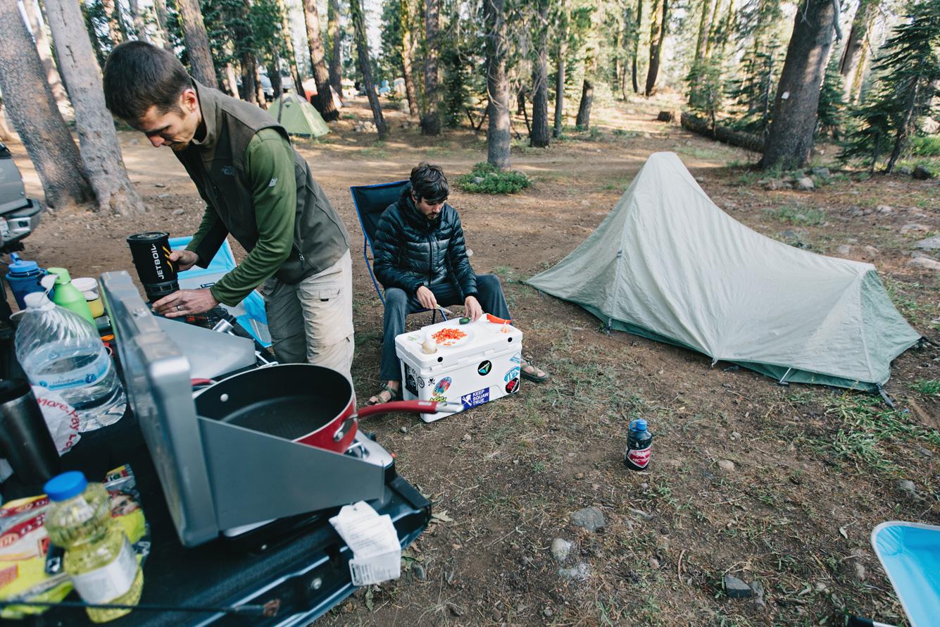 CindyGiovagnoli_outdoors_photographer_Sierra_Buttes_firetower_watchtower_Sardine_Snag_Bear_lake_hike_swim_camp-046.jpg