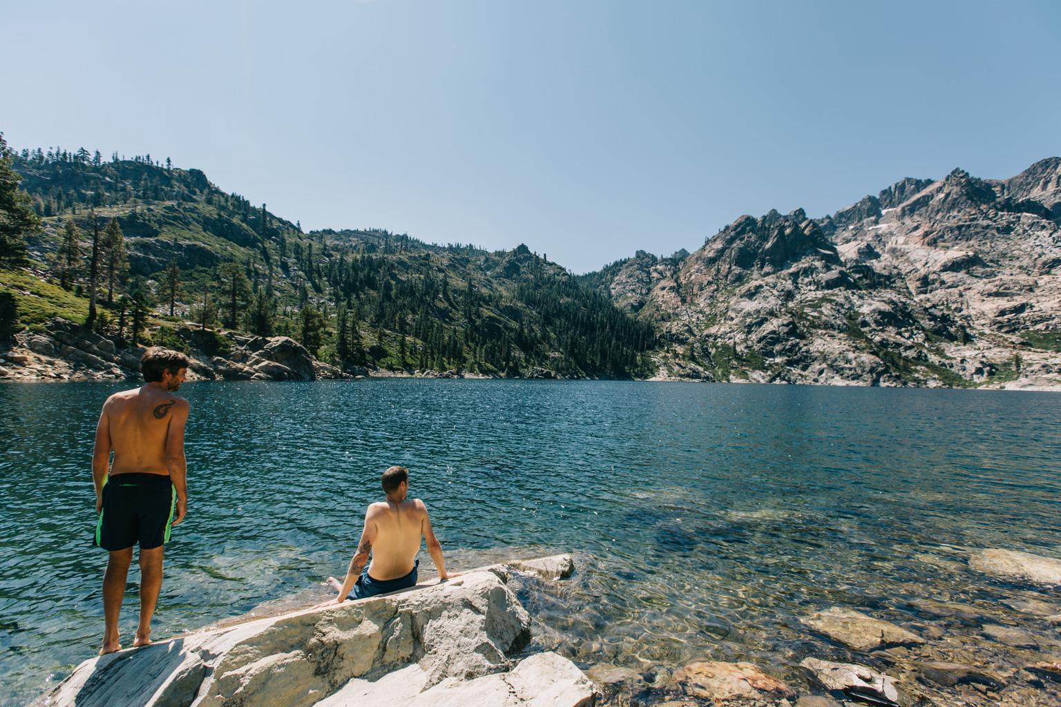 CindyGiovagnoli_outdoors_photographer_Sierra_Buttes_firetower_watchtower_Sardine_Snag_Bear_lake_hike_swim_camp-053.jpg
