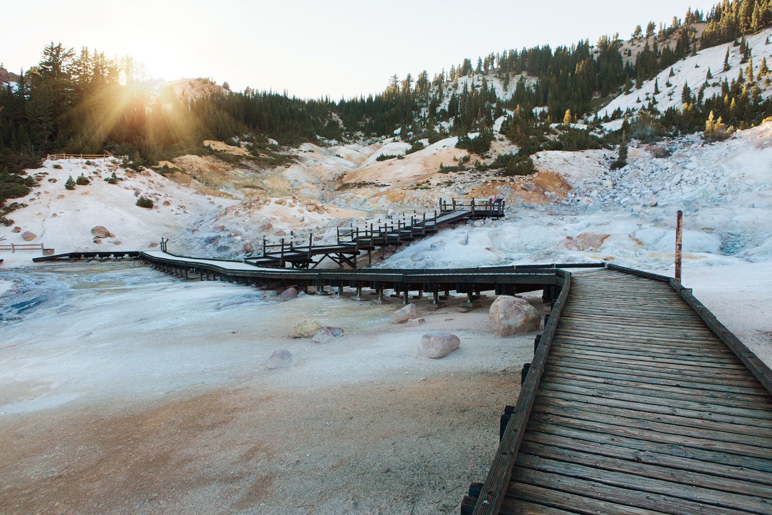 CindyGiovagnoli_Lassen_Volcanic_National_Park_California_camp_road_trip-019.jpg