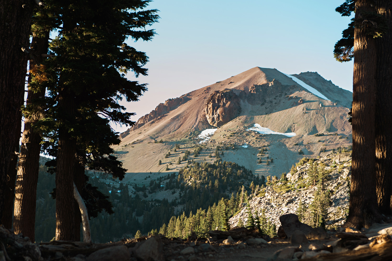 CindyGiovagnoli_Lassen_Volcanic_National_Park_California_camp_road_trip-020.jpg