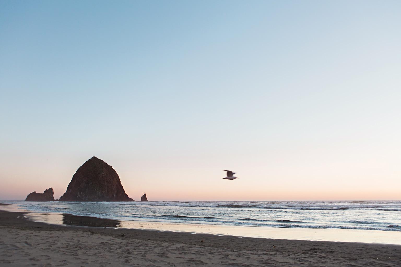 CindyGiovagnoli_Crater_Lake_National_Park_Cape_Perpetua_Heceta_Head_lighthouse_Pacific_Ocean_Cannon_Beach_haystack_Oregon_coast-004.jpg