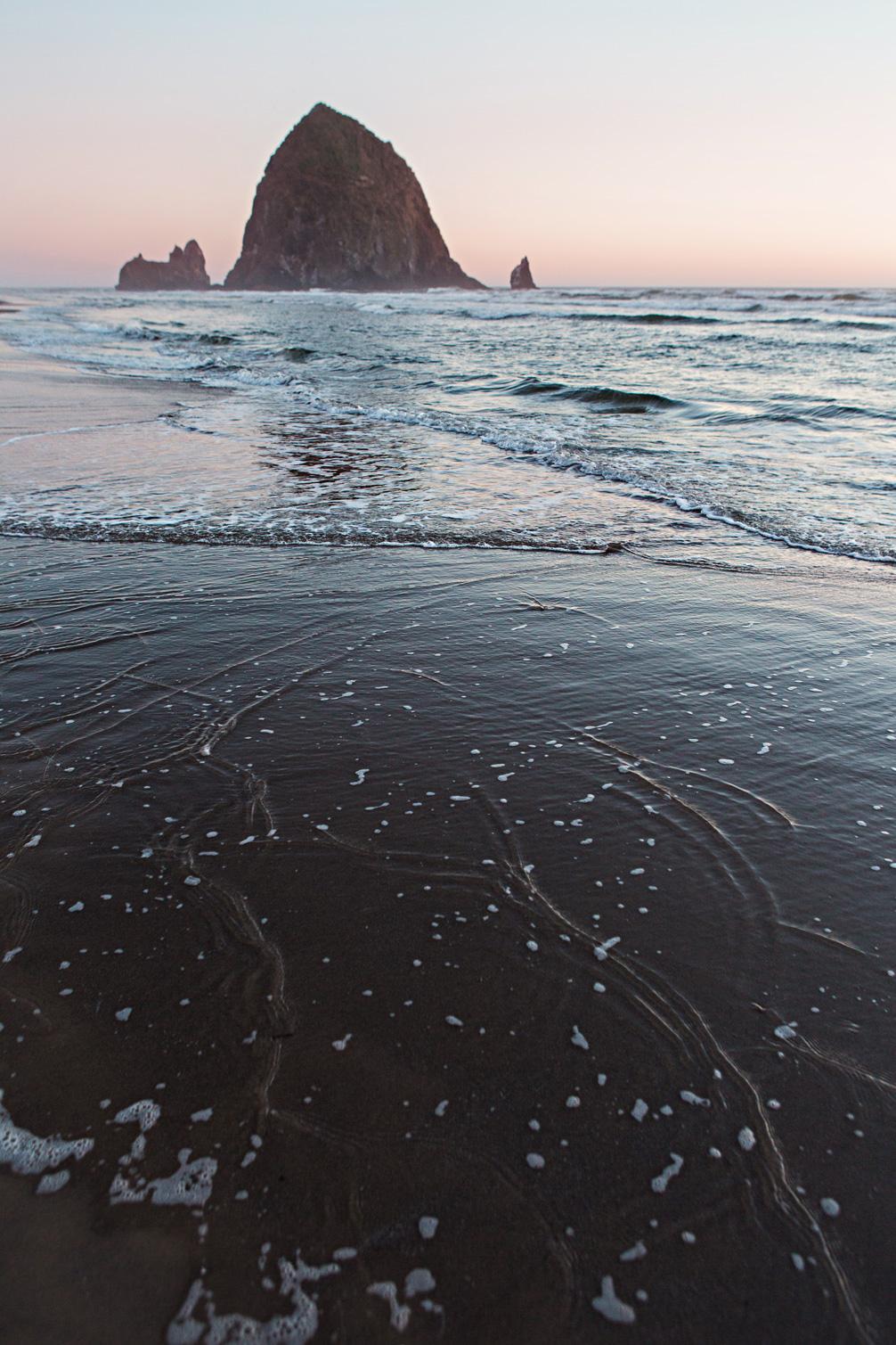 CindyGiovagnoli_Crater_Lake_National_Park_Cape_Perpetua_Heceta_Head_lighthouse_Pacific_Ocean_Cannon_Beach_haystack_Oregon_coast-013.jpg