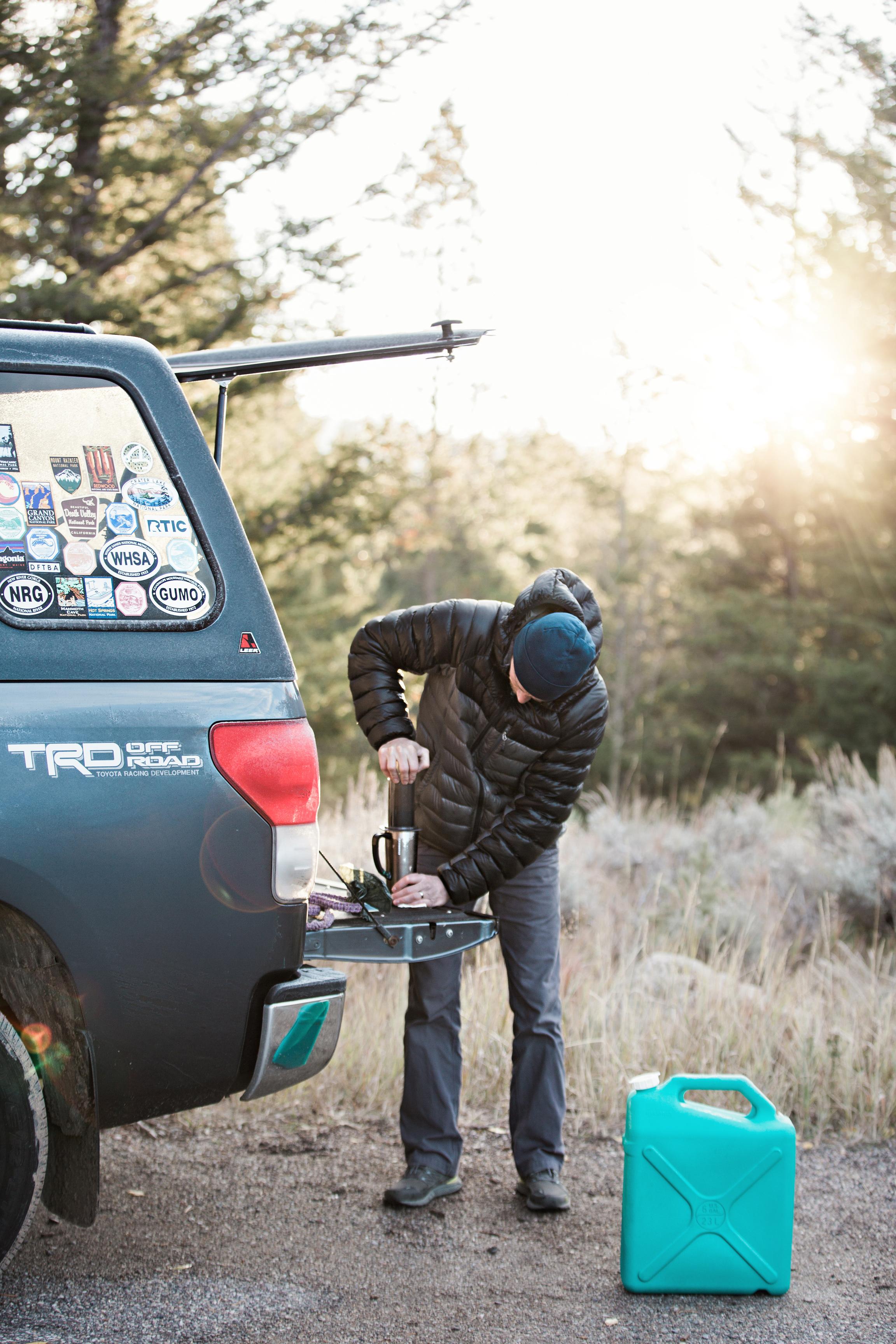 CindyGiovagnoli_outdoor_adventure_photography_Grand_Teton_Yellowstone_Glacier_National_Park_Montana_Wyoming_South_Dakota_Mount_Rushmore_Badlands-002.jpg