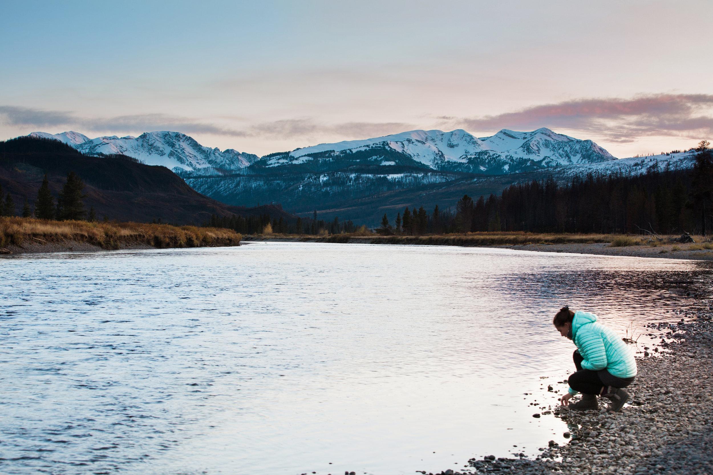 CindyGiovagnoli_outdoor_adventure_photography_Grand_Teton_Yellowstone_Glacier_National_Park_Montana_Wyoming_South_Dakota_Mount_Rushmore_Badlands-015.jpg