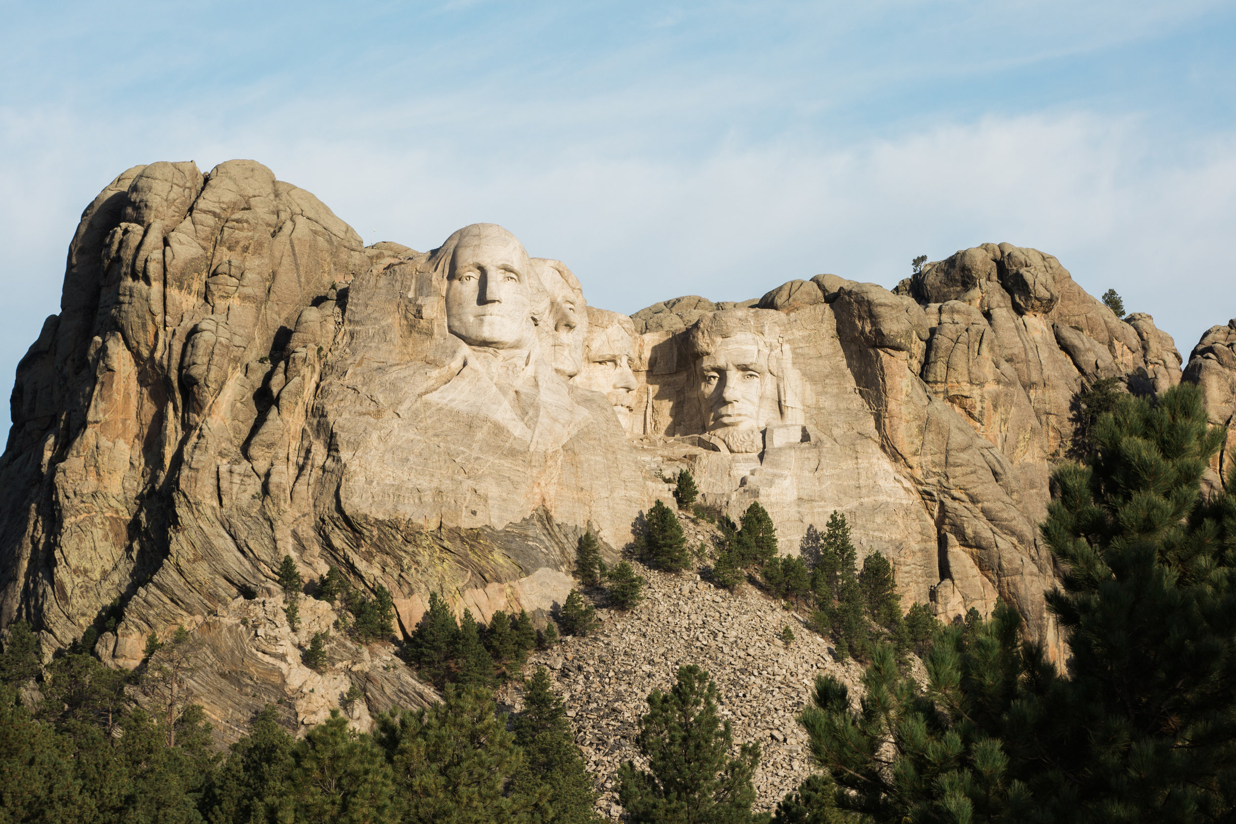 CindyGiovagnoli_outdoor_adventure_photography_Grand_Teton_Yellowstone_Glacier_National_Park_Montana_Wyoming_South_Dakota_Mount_Rushmore_Badlands-022.jpg