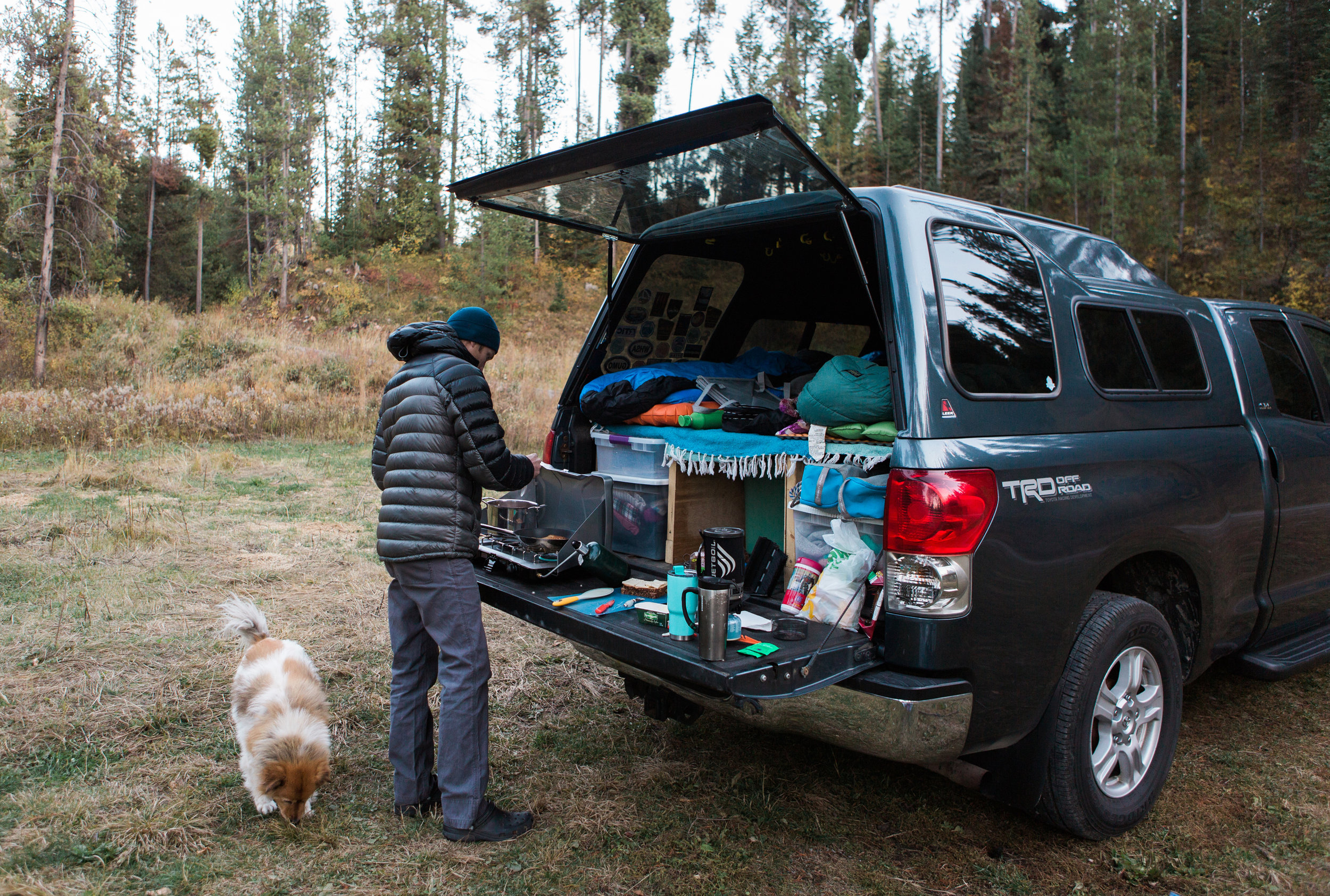 CindyGiovagnoli_outdoor_adventure_photography_Grand_Teton_Yellowstone_Glacier_National_Park_Montana_Wyoming_South_Dakota_Mount_Rushmore_Badlands-024.jpg