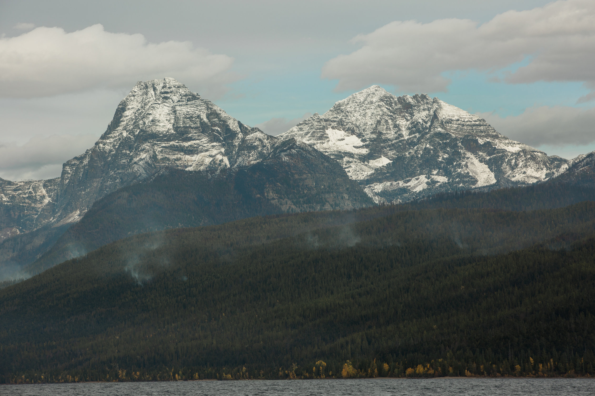 CindyGiovagnoli_Glacier_National_Park_Montana_mountains_lake_fall_autumn_road_trip-016.jpg