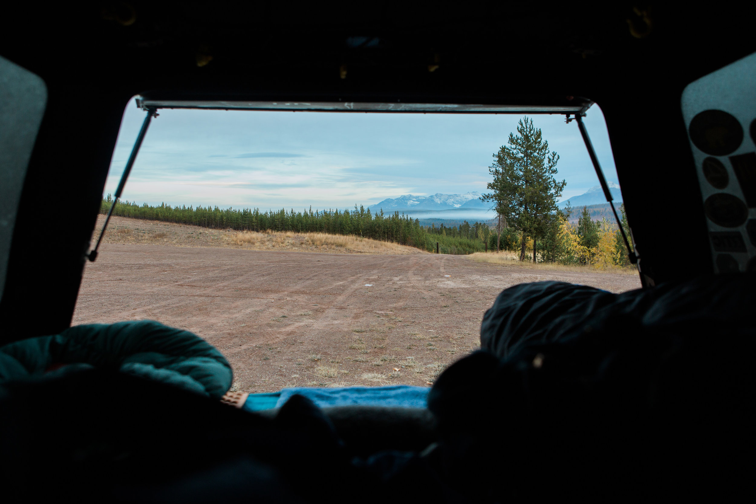 CindyGiovagnoli_Glacier_National_Park_Montana_mountains_lake_fall_autumn_road_trip-022.jpg
