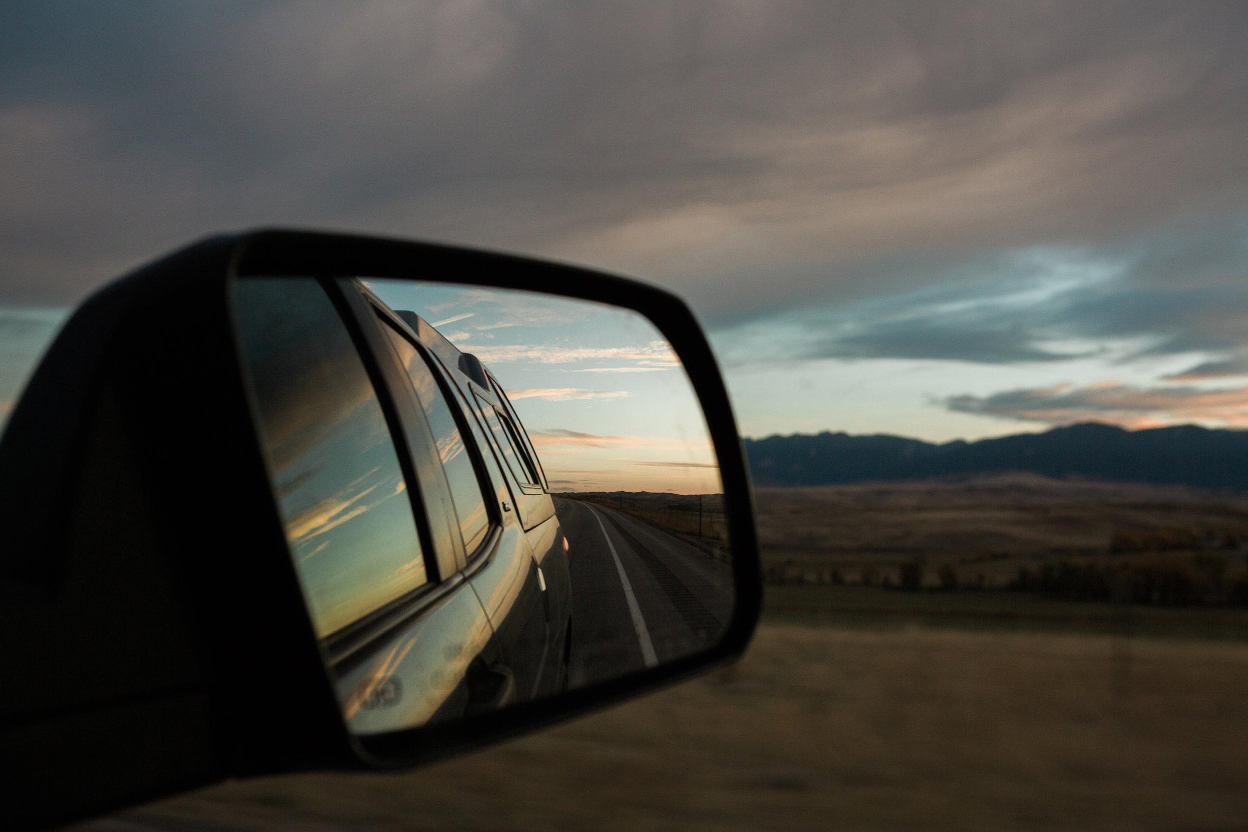 CindyGiovagnoli_Glacier_National_Park_Montana_mountains_lake_fall_autumn_road_trip-040.jpg