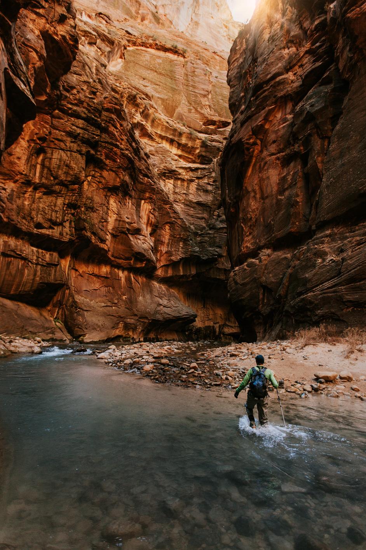 CindyGiovagnoli_Zion_National_Park_Utah_Narrows_hike_winter-006.jpg