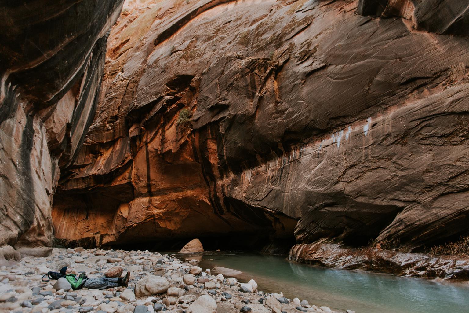 CindyGiovagnoli_Zion_National_Park_Utah_Narrows_hike_winter-012.jpg