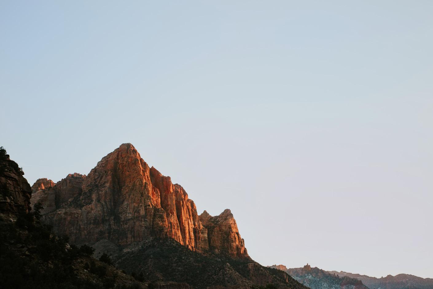 CindyGiovagnoli_Utah_Zion_desert_night_morning_coffee_blm_land_off_grid-001.jpg