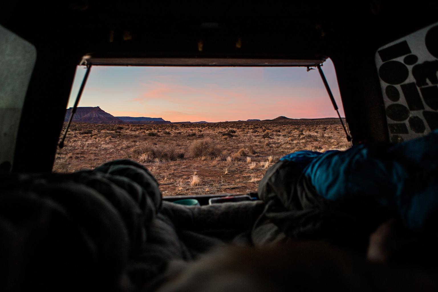 CindyGiovagnoli_Utah_Zion_desert_night_morning_coffee_blm_land_off_grid-004.jpg