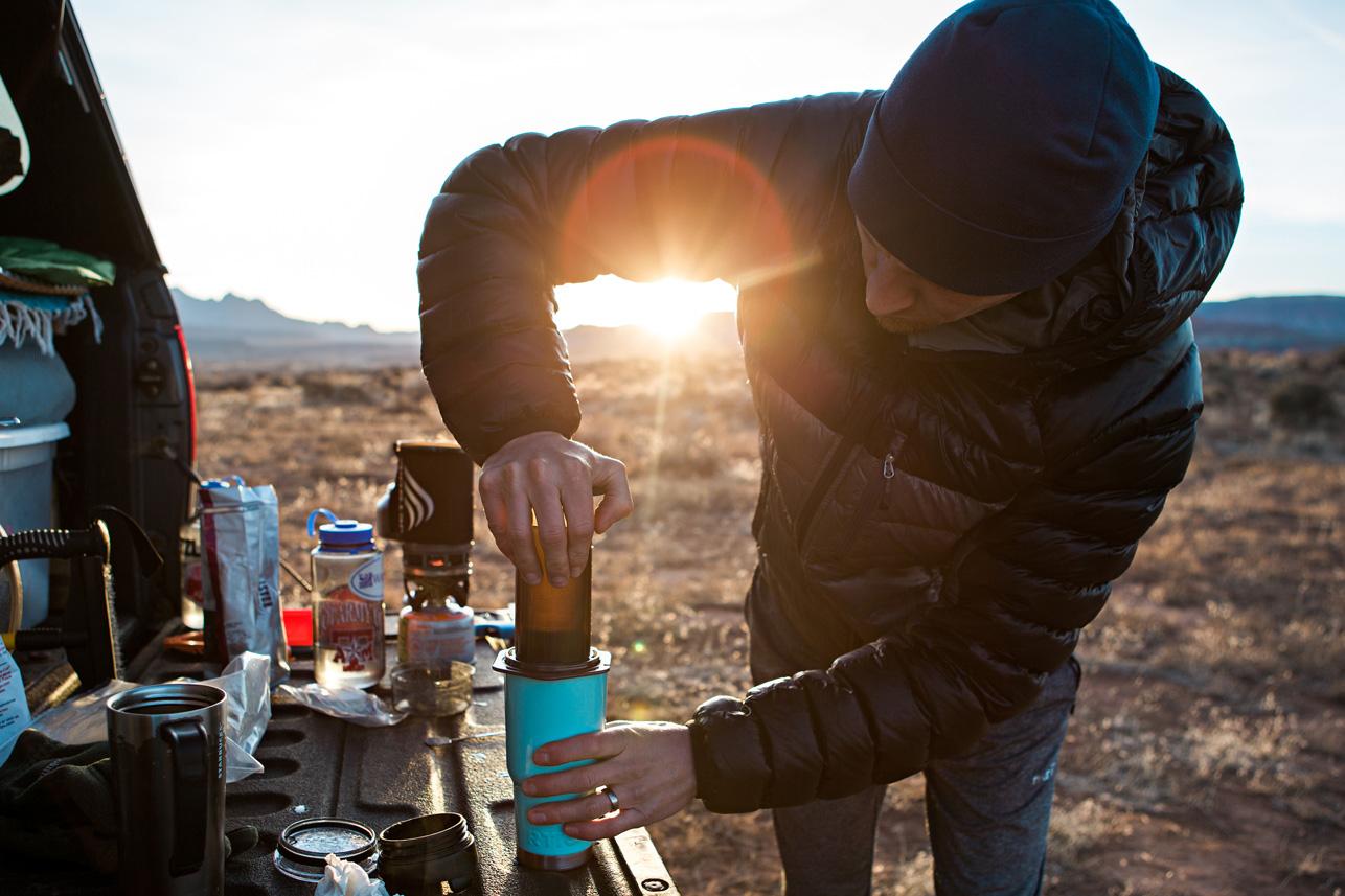CindyGiovagnoli_Utah_Zion_desert_night_morning_coffee_blm_land_off_grid-011.jpg