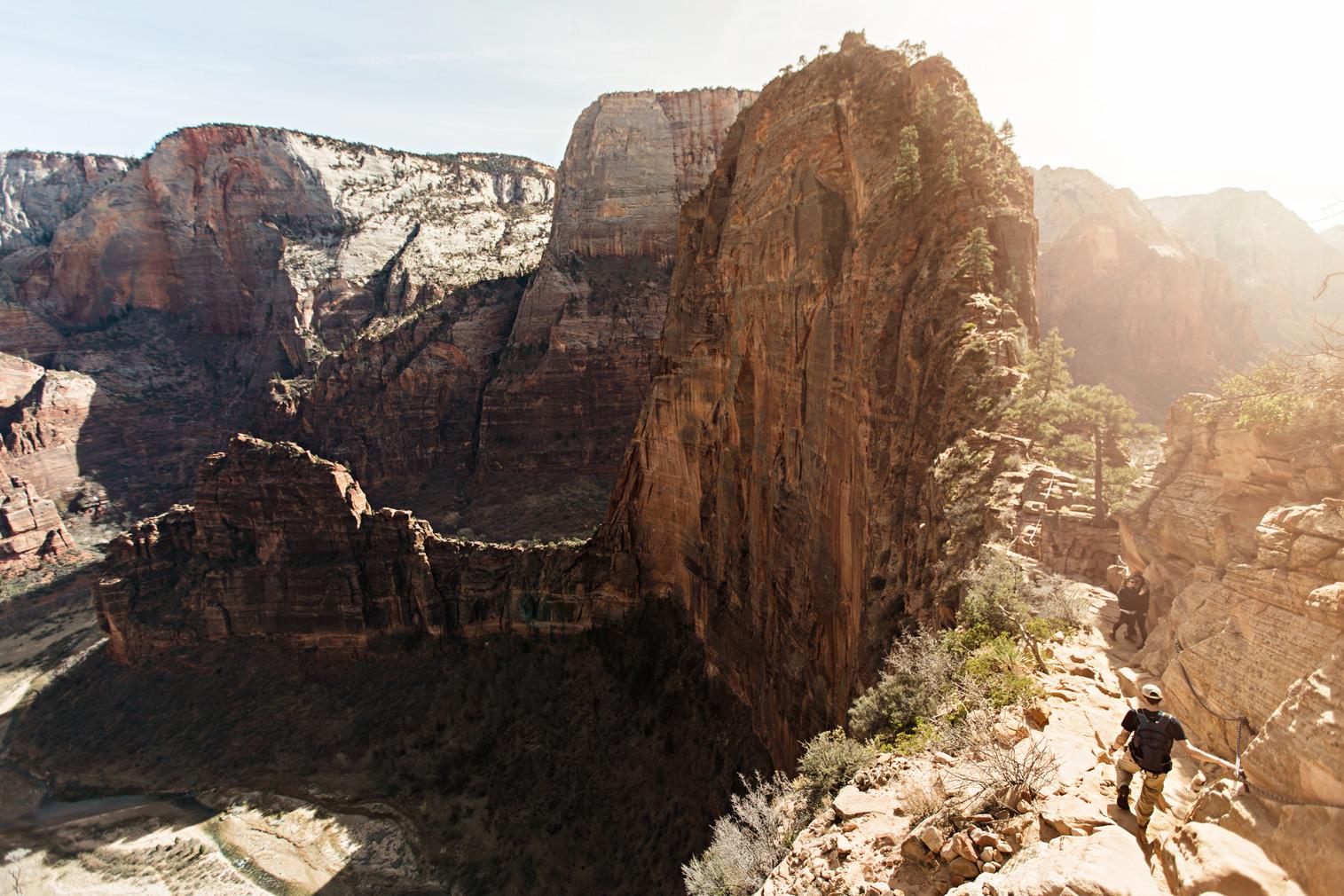 CindyGiovagnoli_Utah_Zion_National_Park_Angels_Landing_hike-006.jpg