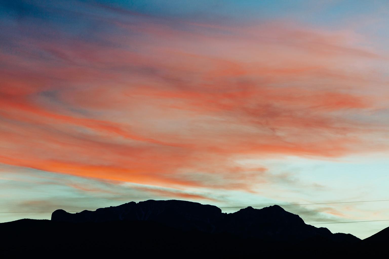 CindyGiovagnoli_Nevada_Arizona_roadtrip_sunset_travel_camper_tinyhouse-013.jpg